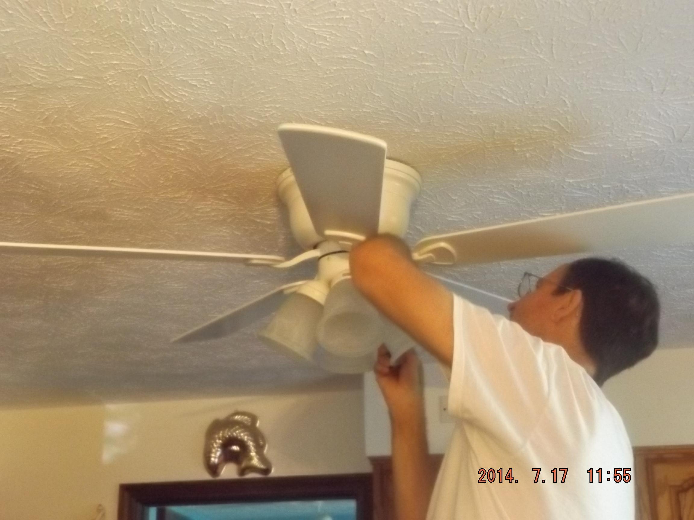 DIY – Hanging a ceiling fan – DIY with Kathy